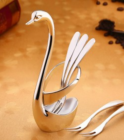 Swan design spoon holder and spoon set